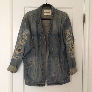 Oversized Carmar Distressed Denim Jacket